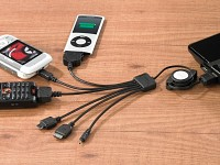 Callstel 6in1 USB-Ladekabel für iPod/iPhone, Handys, MP3-Player & Co. (Bild 1)