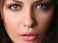 "Crazy Lips Lippen Tattoo ""Red Hearts"", 2-teilig (Bild 1)"