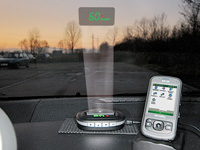 "NavGear 2in1 Head-Up-Display: GPS-Tacho & BT GPS-Receiver ""HUD90-BT"" (Bild 1)"